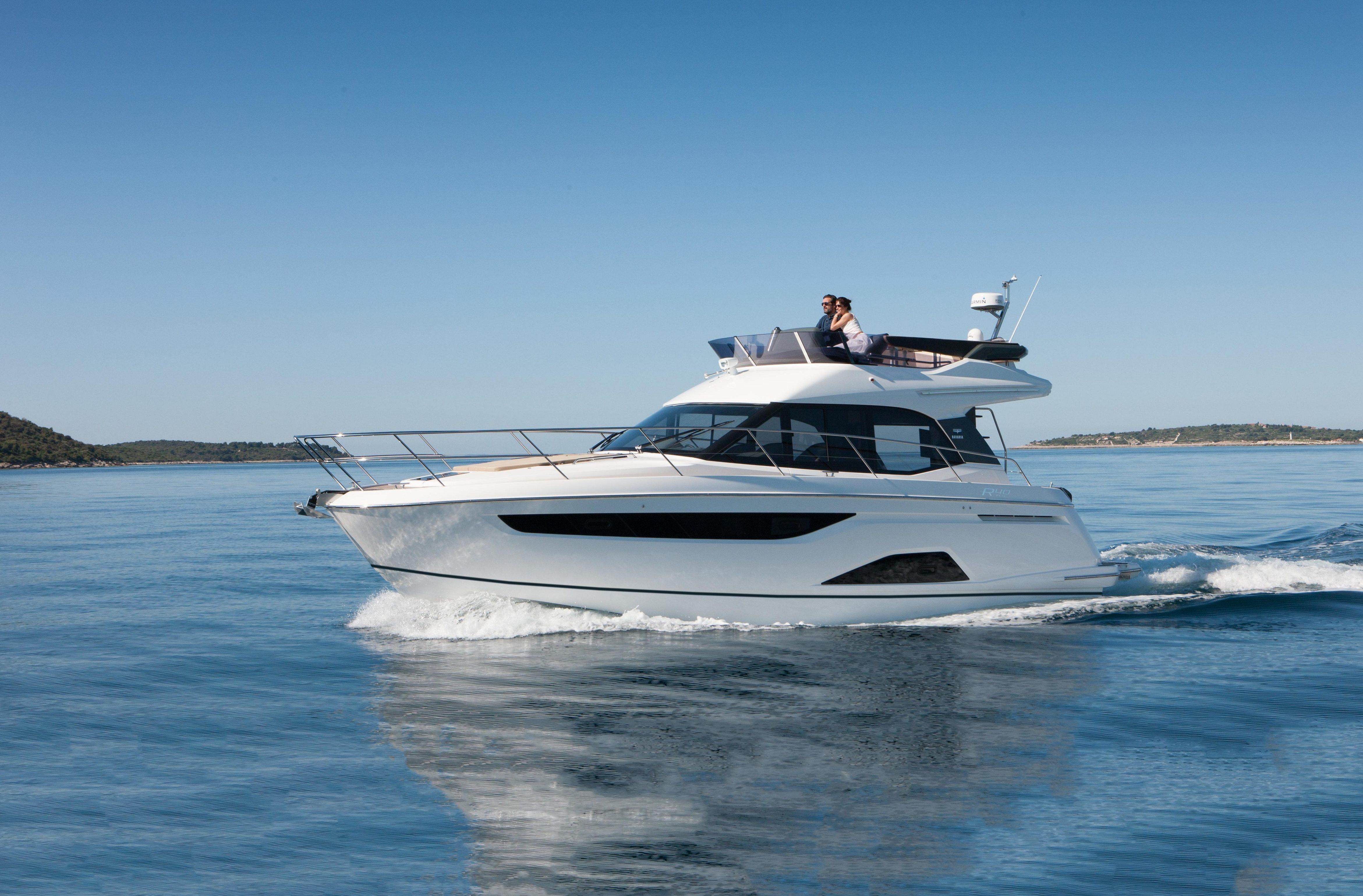 яхта Bavaria R40