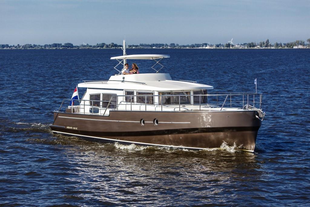яхта Aquanaut Andante