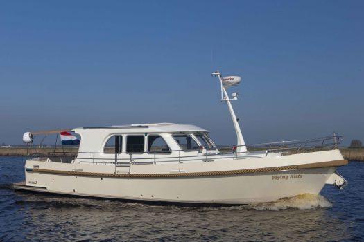 яхта Aquanaut Drifter
